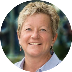 Dr. Lise Alschuler, Chief Medical Officer , is an award-winning, highly respected naturopathic oncologist and breast cancer suvivor.