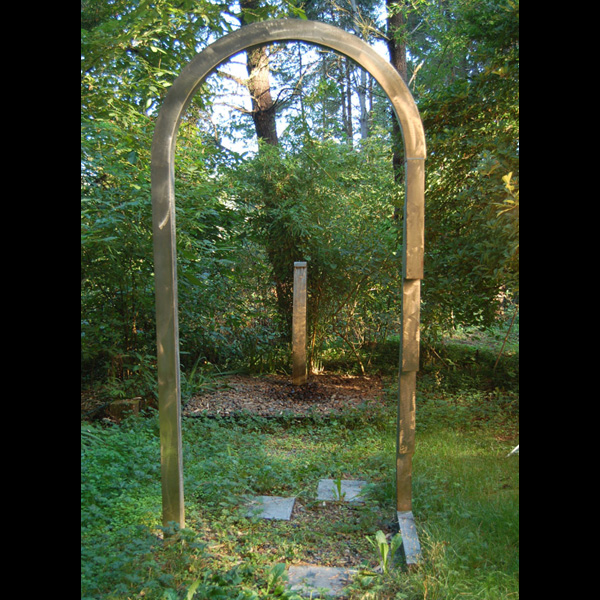 Arch, pavers and fountain, stainless steel, 1987. Sited at Leland Iron Works.