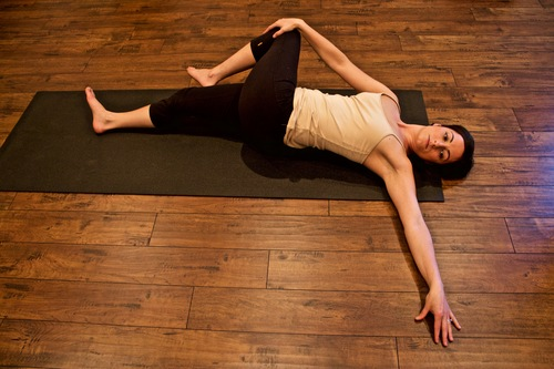 6 Essential Stretches To Ease Pelvic Floor Tension Dr Susie Gronski