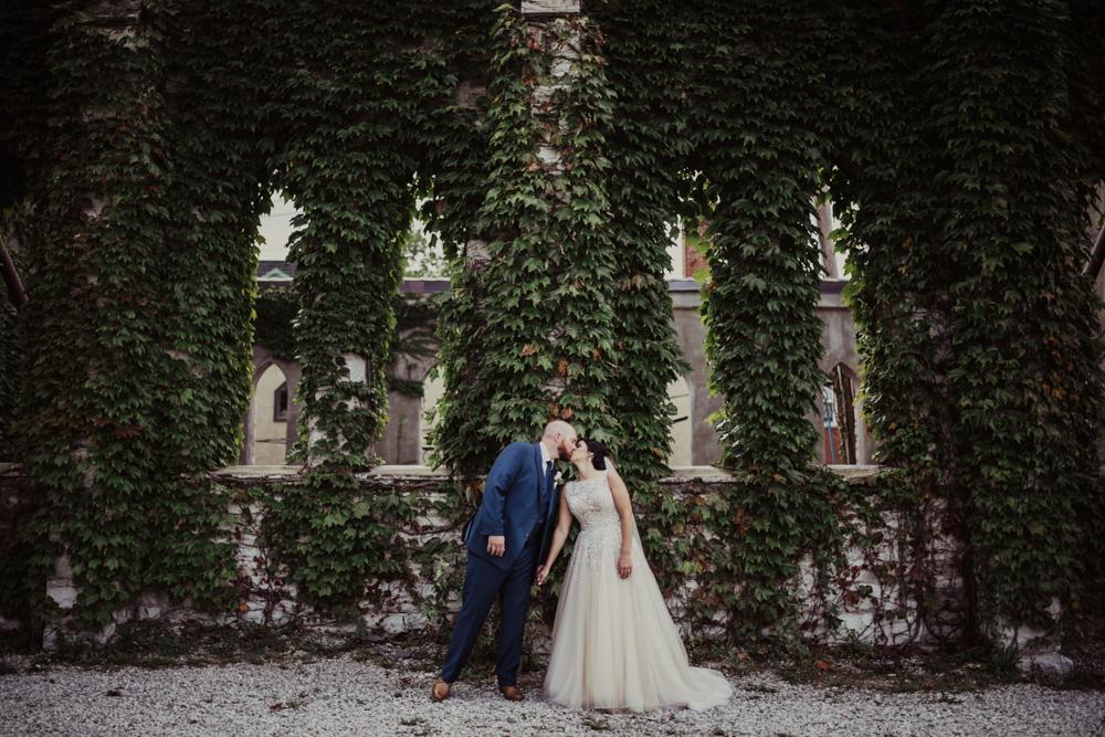St-Louis-Wedding-at-Bissingers-Caramel-Room-17.jpg
