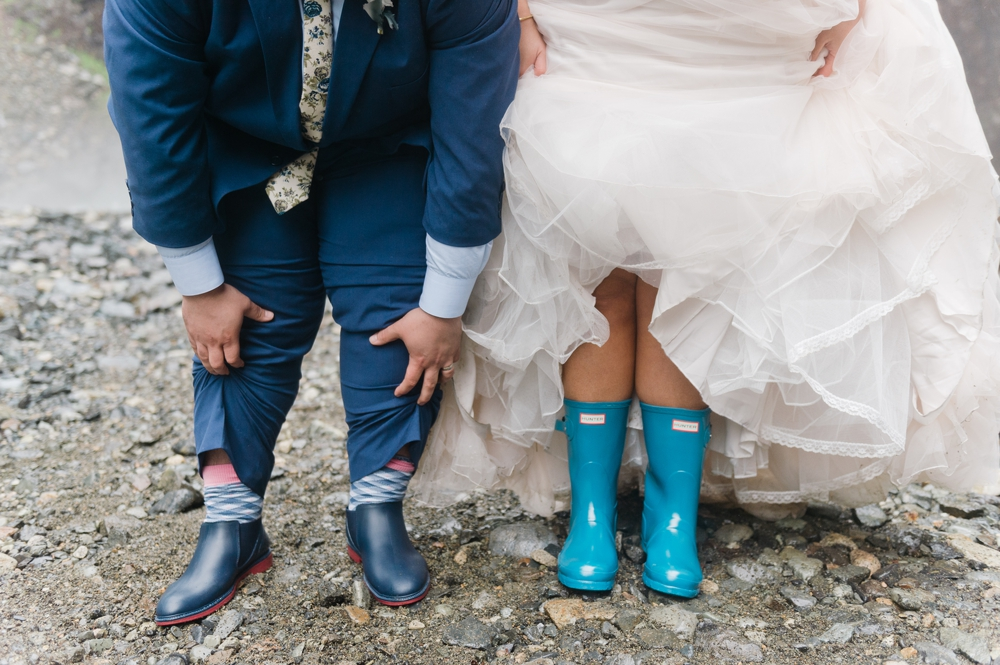 gold-creek-pond-snoqualamie-pass-wedding-photographer-44.jpg