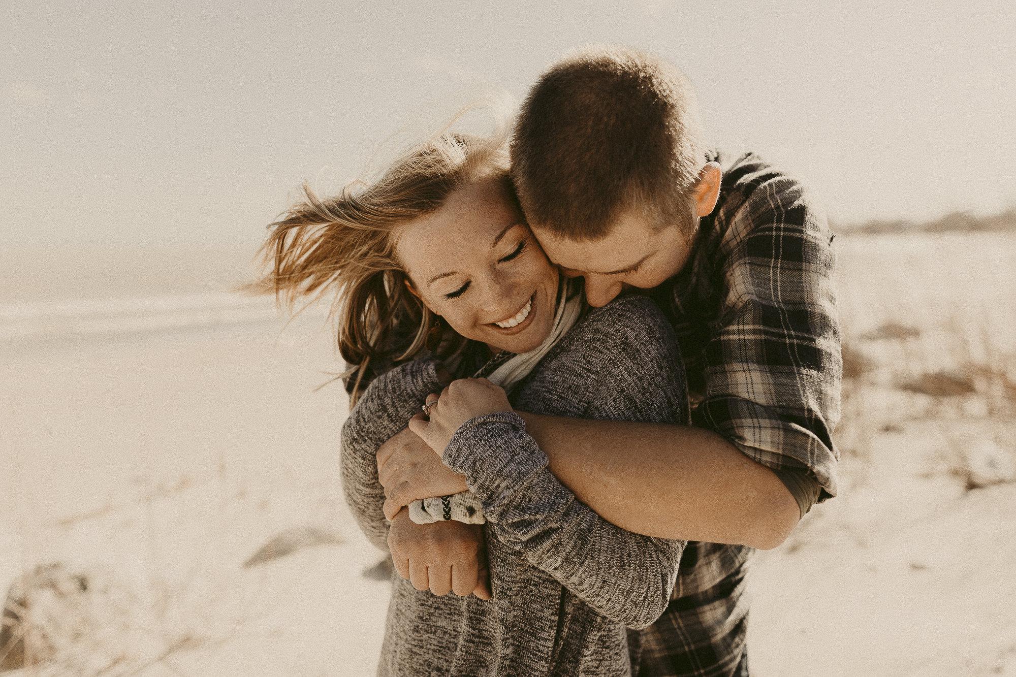 entry-13-brooke_kittell_purelybrookephotography_hugs (1).jpg
