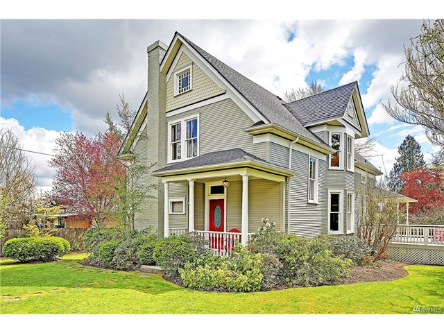8505 220th Place SW, Edmonds, WA 98026  SOLD for $615,000  For more photos & information,   click here.