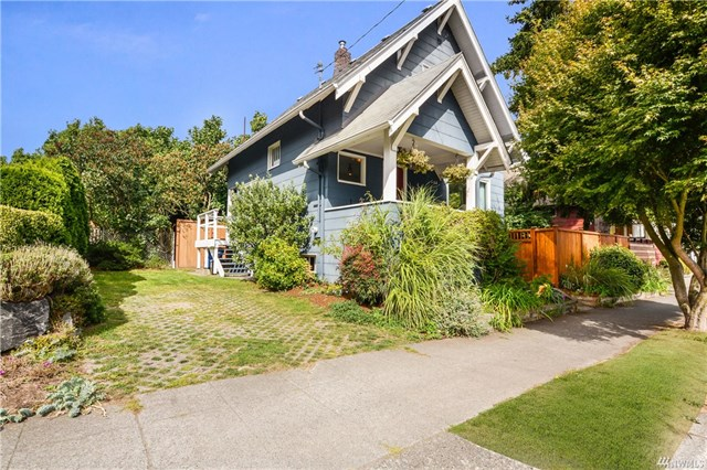 832 NW 65th Street, Seattle, WA 98117  SOLD for $680,000  For more photos & information,   click here.
