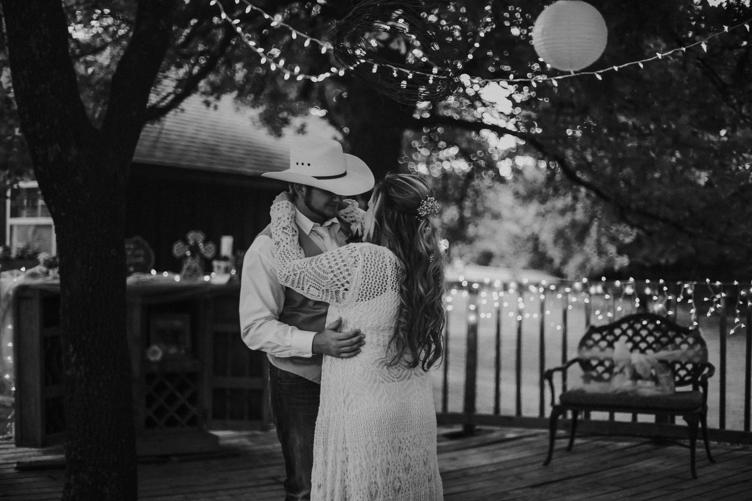 Oklahoma Engagment and Wedding Photographer-1130.jpg