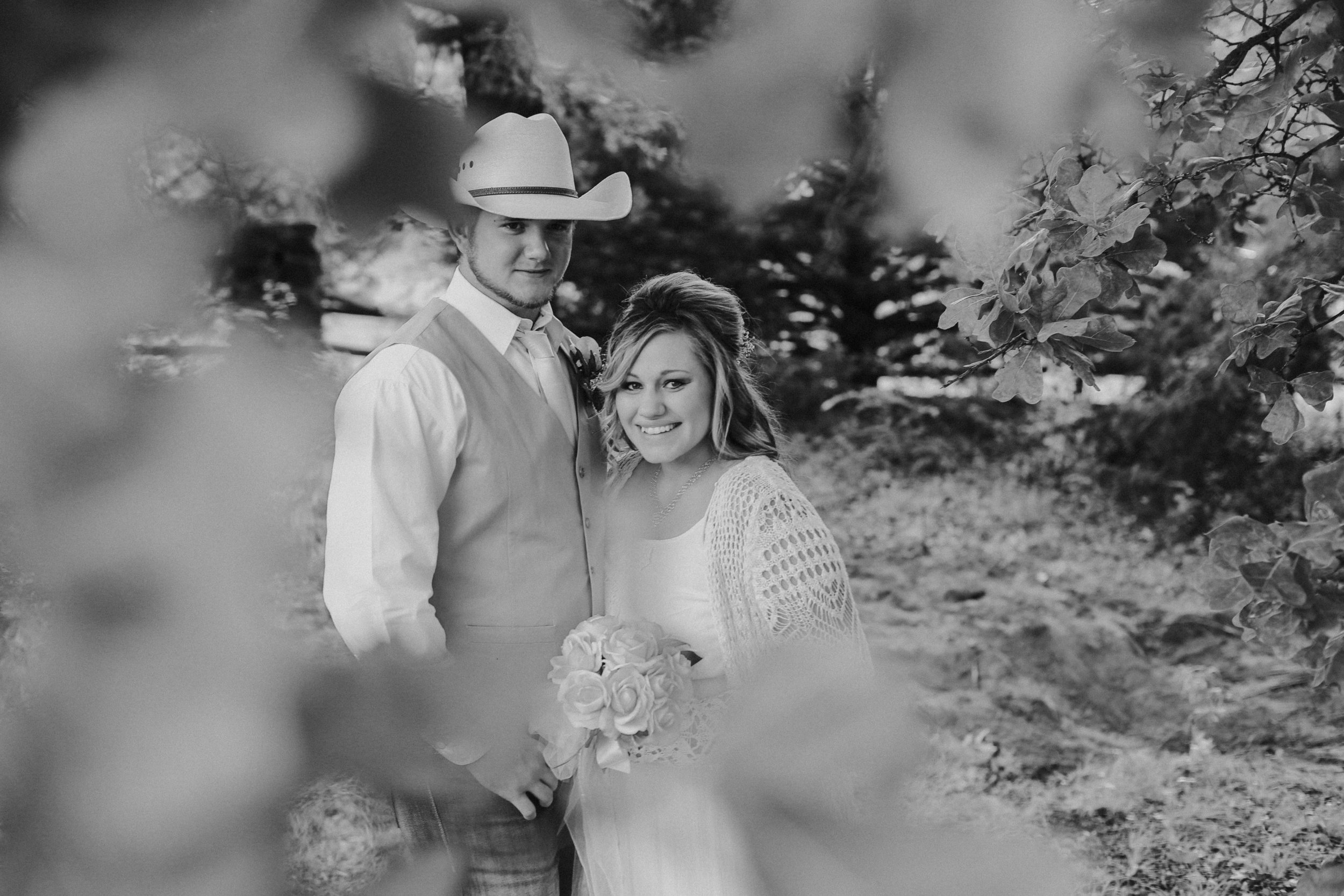 Oklahoma Engagment and Wedding Photographer-0985.jpg