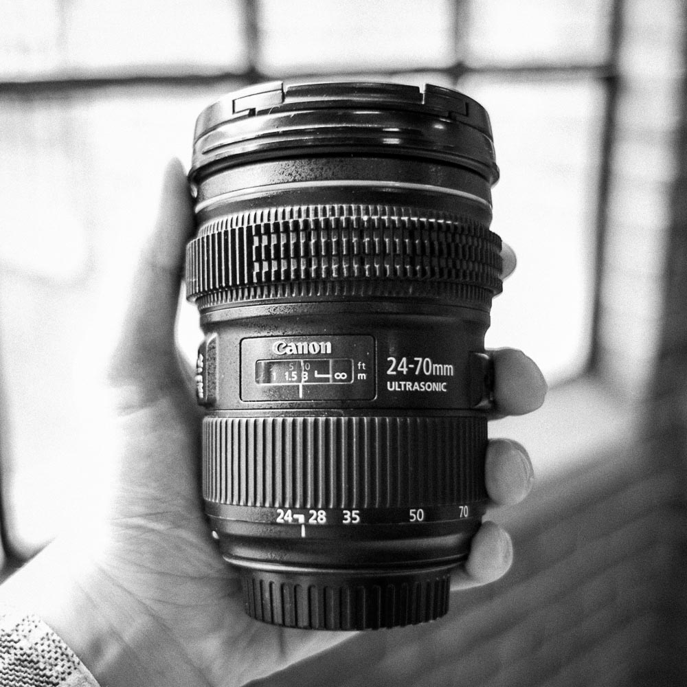 Canon L: Zoom Lenses   Single Lens: 35/day, 140/week, 26/day in studio    Any Two Lenses: 60/day, 240/week, 45/day in studio   16-35mm f2.8, 24-70mm f2.8, 24-105mm f4  24-70 & 16-35 have focus gears.   product info