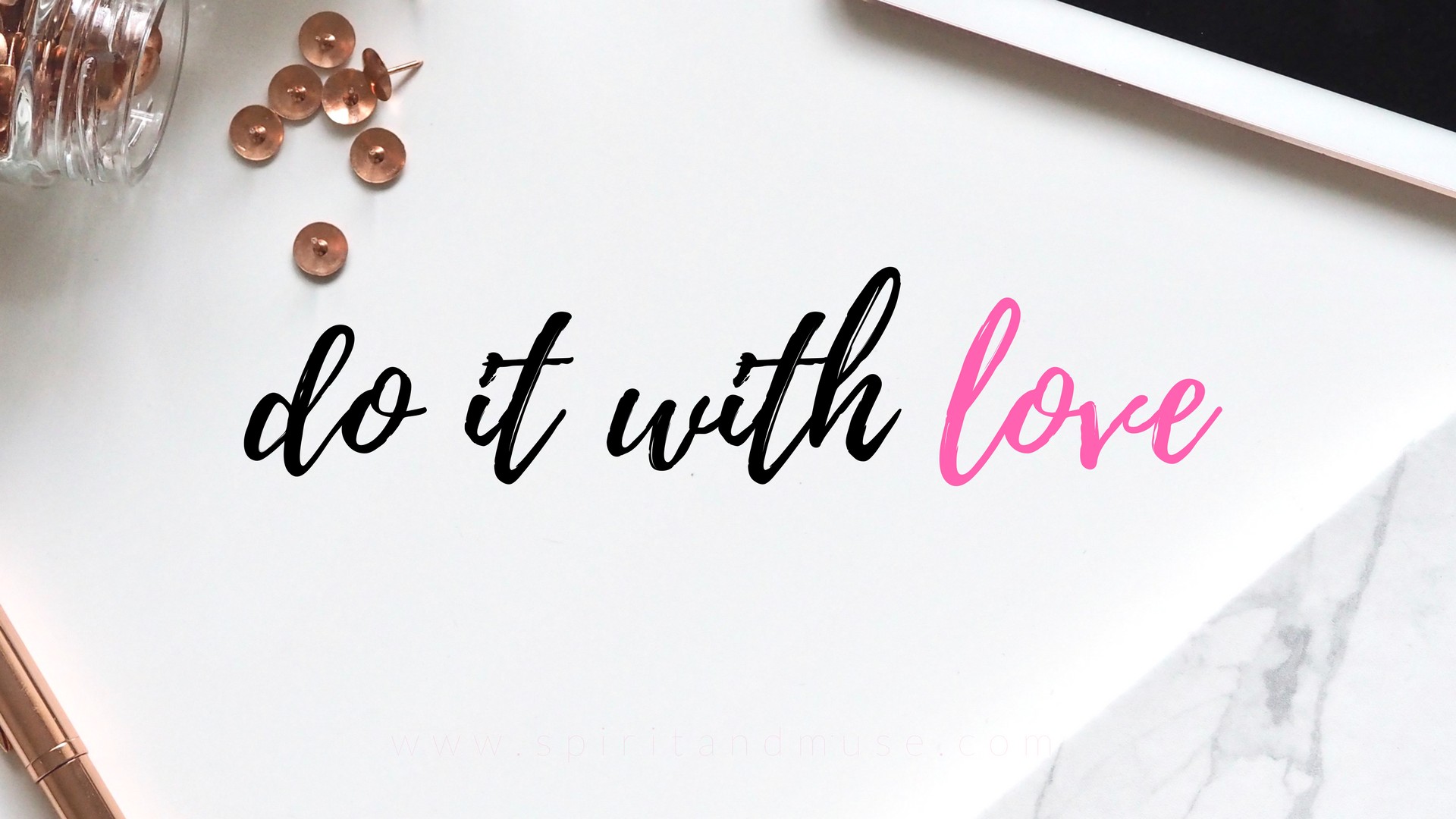 girl boss - do it with love - free desktop wallpaper