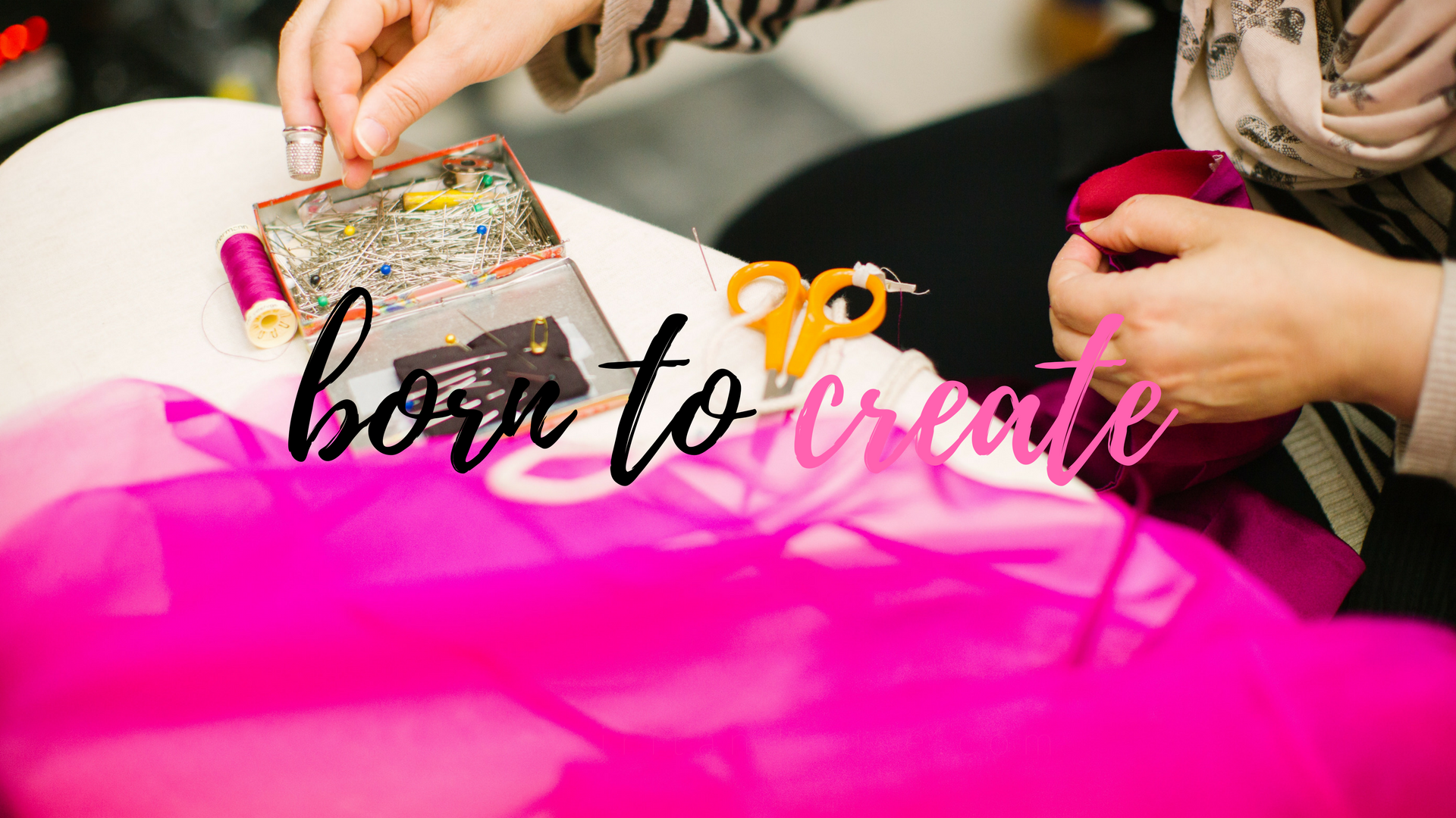 girl boss - creatives born to create - free desktop wallpaper