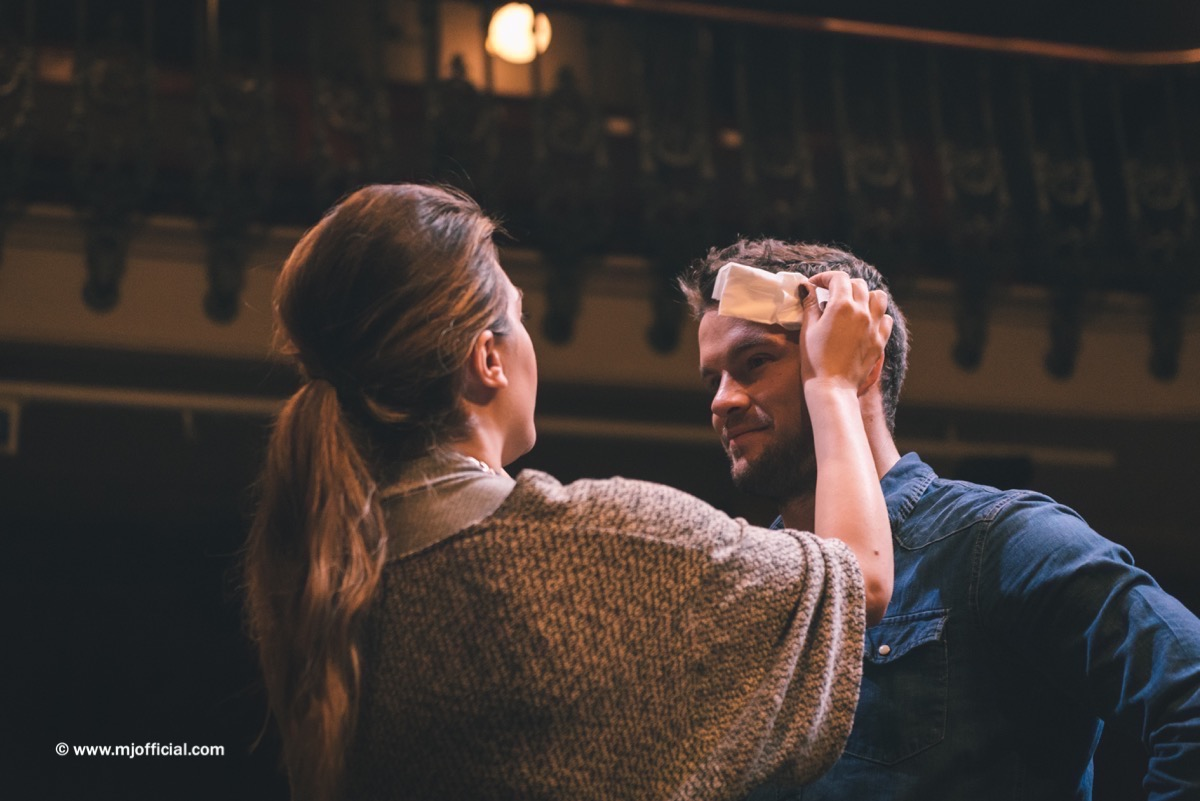 matt-johnson-still-in-love-with-you-behind-the-scenes-images046.jpg