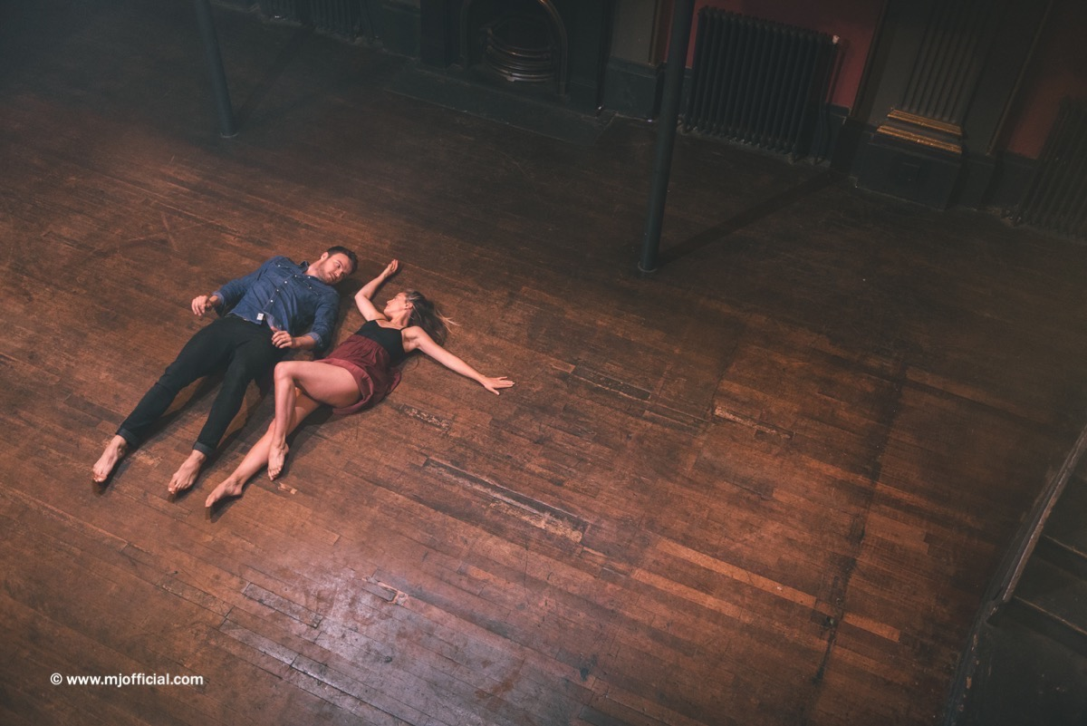 matt-johnson-still-in-love-with-you-behind-the-scenes-images060.jpg