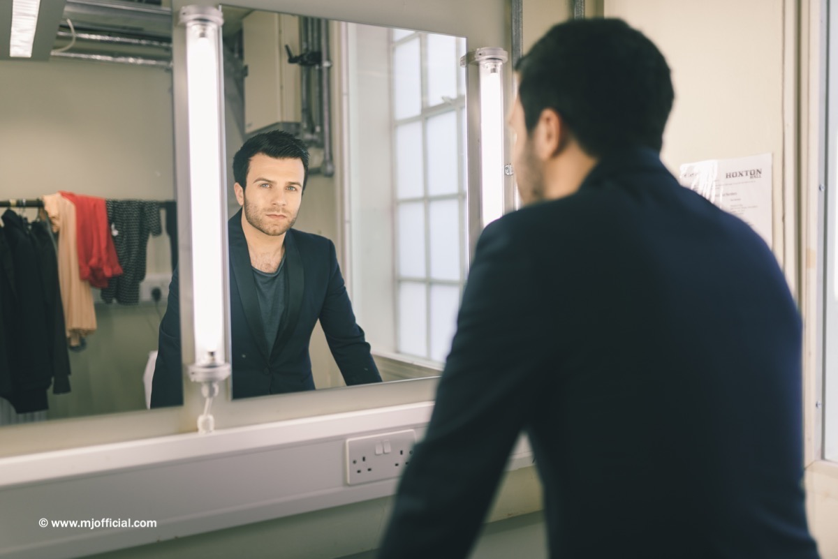 matt-johnson-still-in-love-with-you-behind-the-scenes-images076.jpg