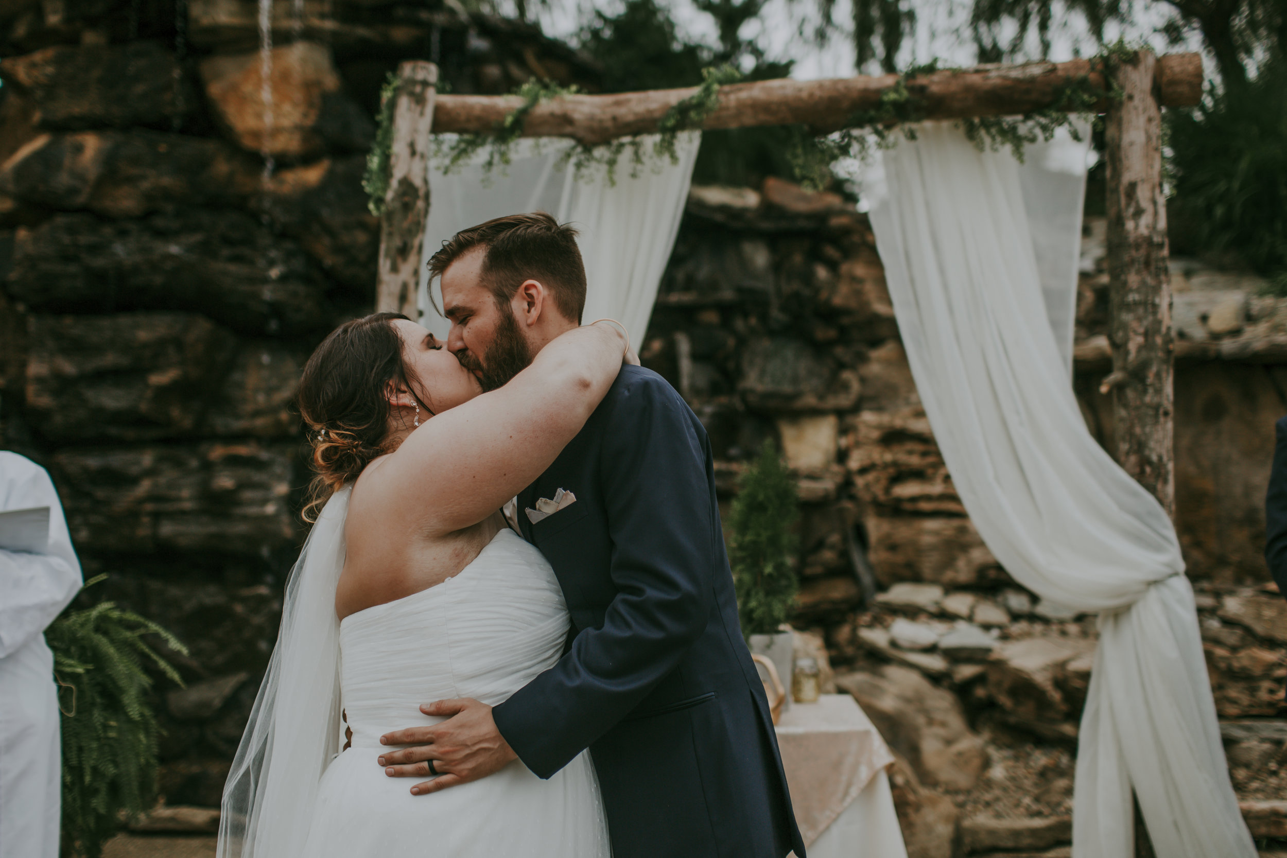 giacomo wedding hidden lake winery kiss ceremony