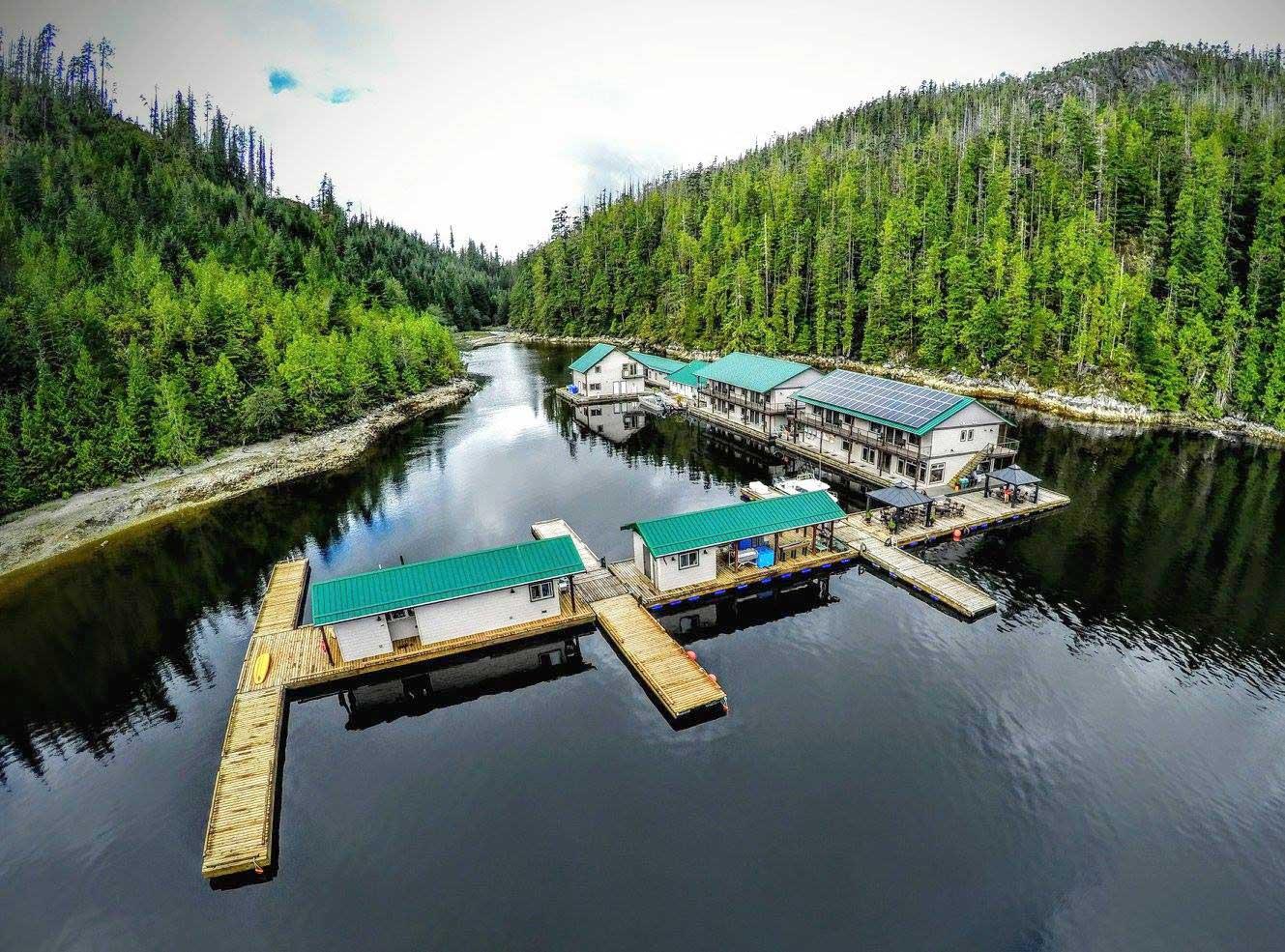 Newton-Cove-Resort.jpg