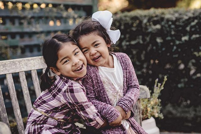 Oh my goodness! These two!! 🥰 #childhoodmemories #sisters #carraonealphotography #familytime