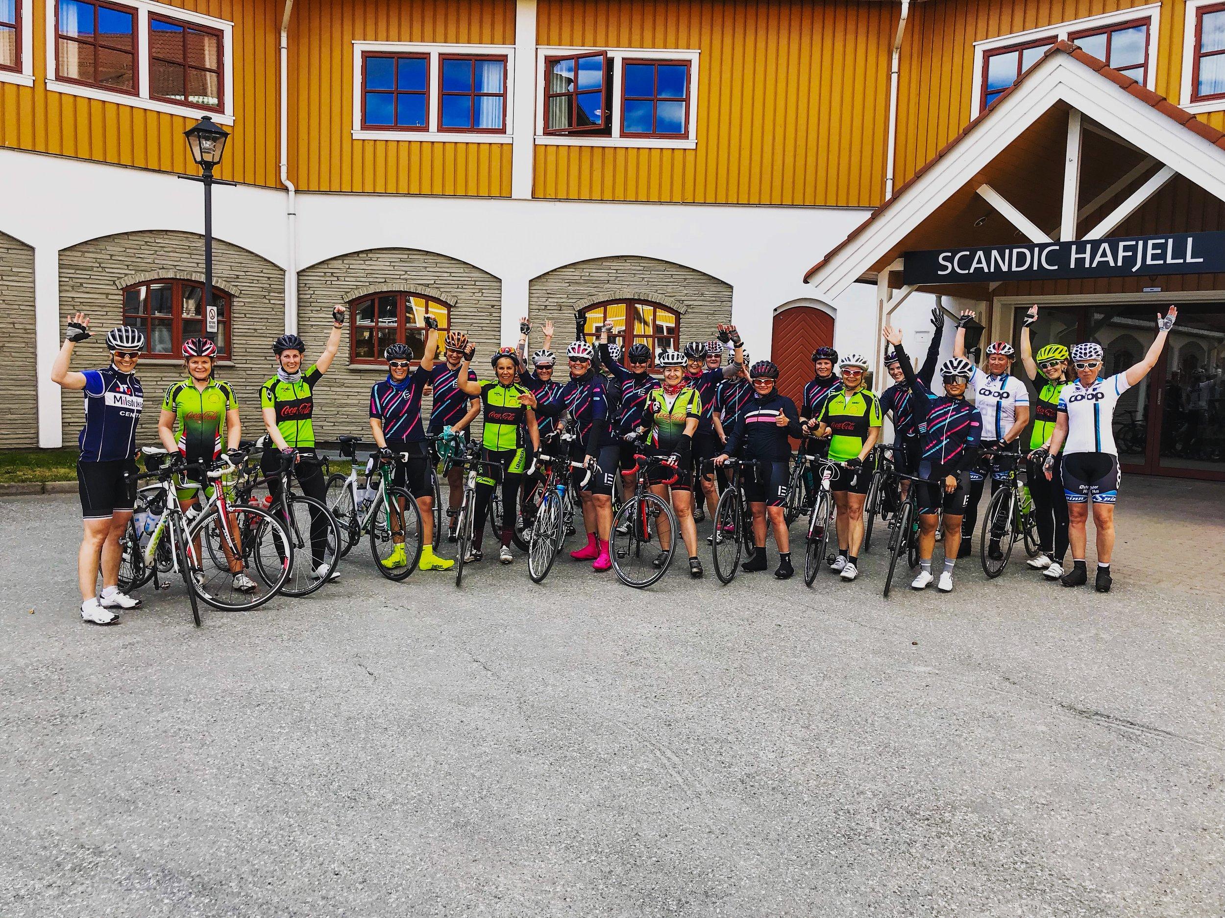 Alle damene vel fremme ved Scandic Hafjell. Foto: Henrik Bering/Ladies Edition