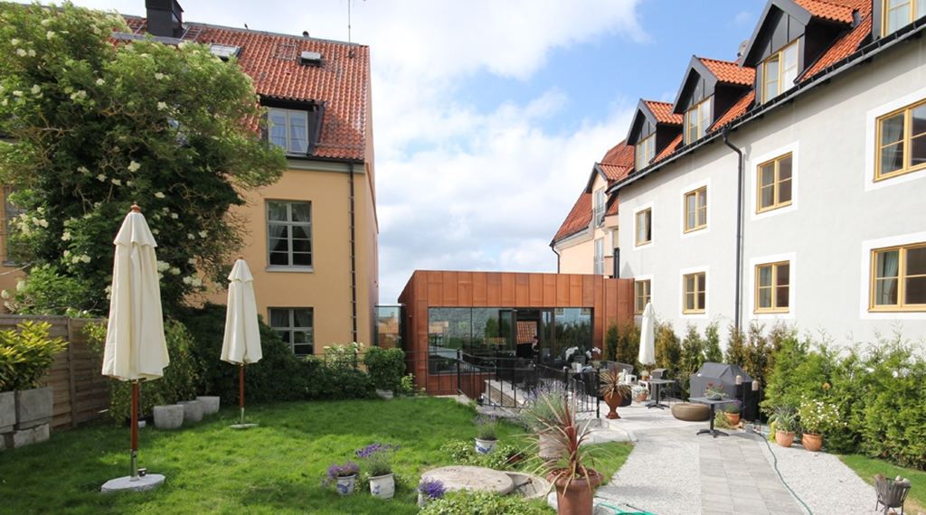 outdoor-area-wisby-hotel-visby.jpg