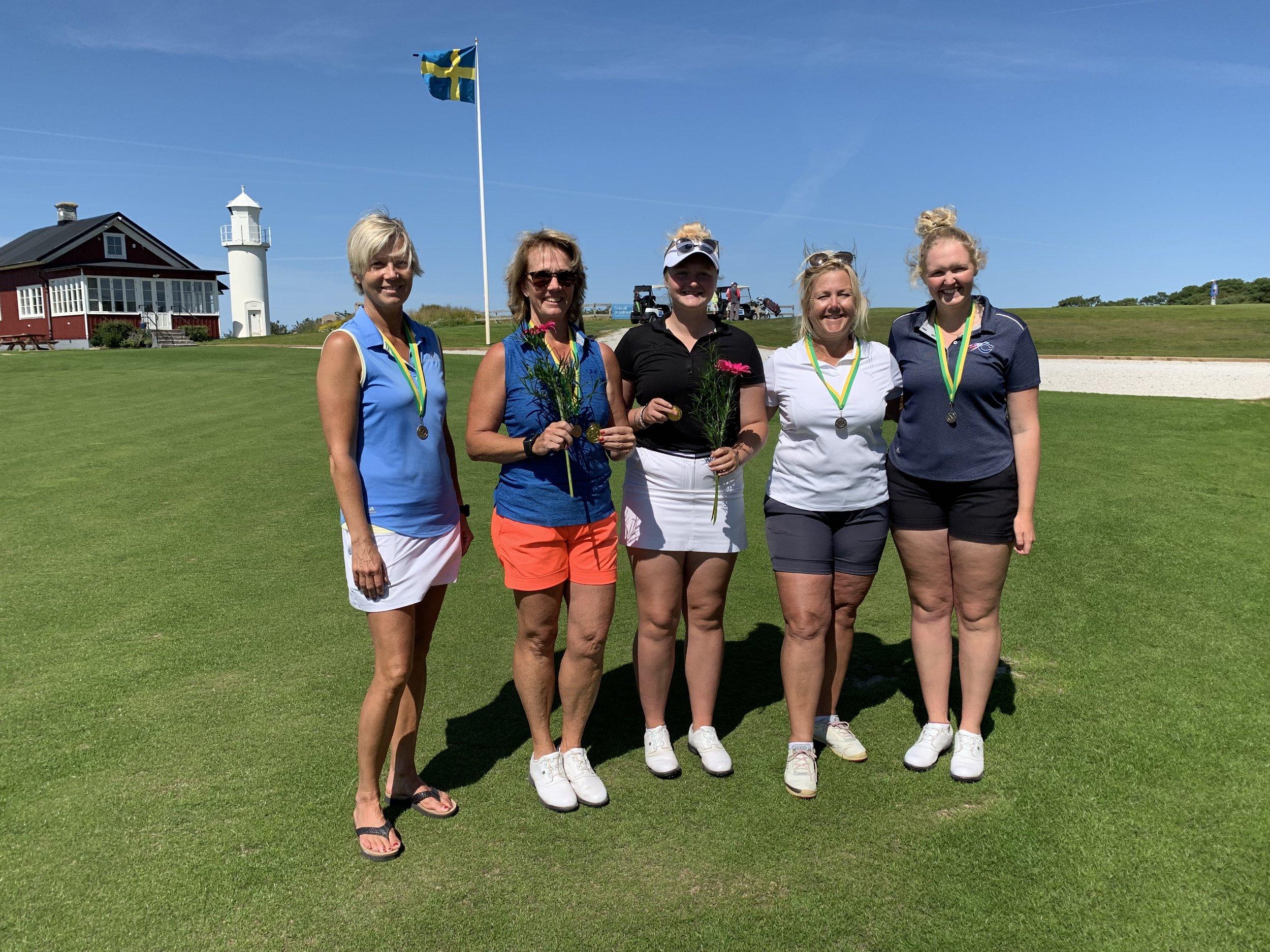 På bilden fr.v. Susanne Rasmussen, Lena Göransson, Rebecca Brink, Eva Orbert och Sandra Brink