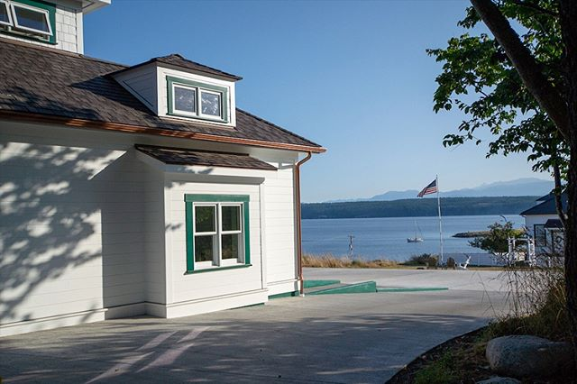 Clean exterior paint job for a beautiful home! . . . #rogerspaintgroup #exteriorpainting #residentialpainting #homeimprovements #porttownsend