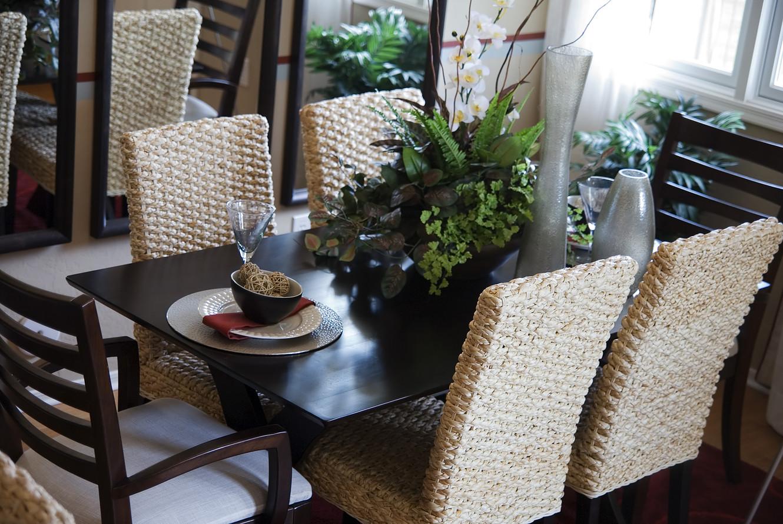 custom dining room design