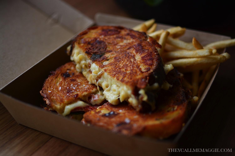grilled-cheese-macaroni.jpg