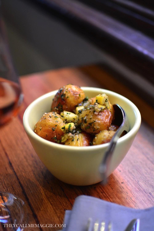 smashed-garlic-potatoes.jpg