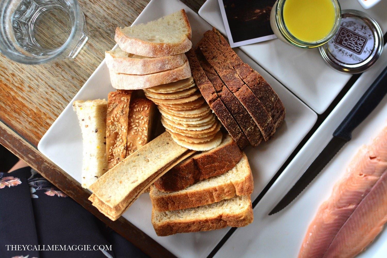 cheese-bread-crackers.jpg
