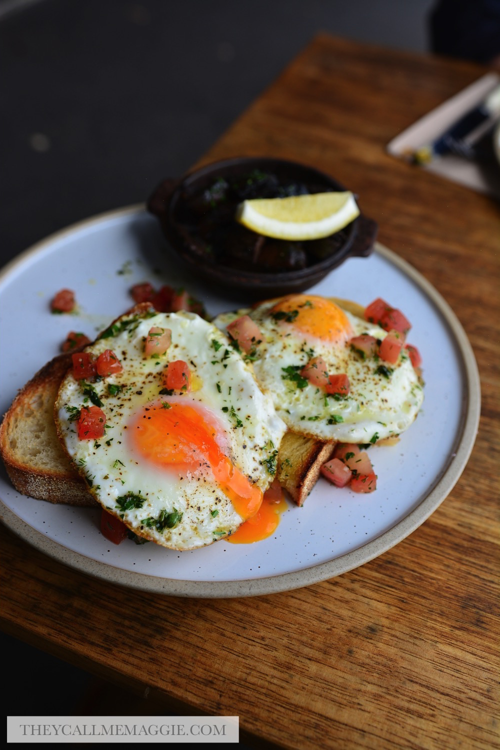 fried-eggs-breakfast.jpg