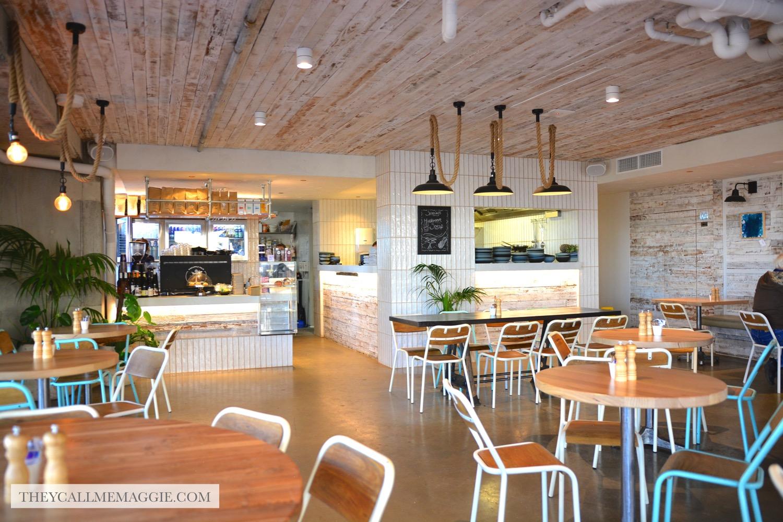 pineapple-palm-cafe.jpg