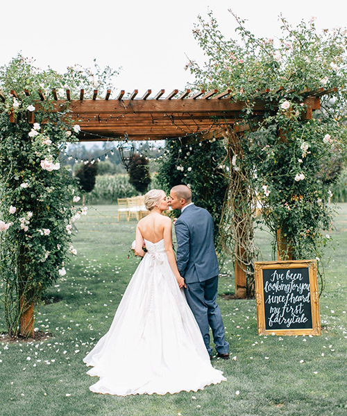 Elle-and-James-Co-Wedding-Signage-(2).jpg