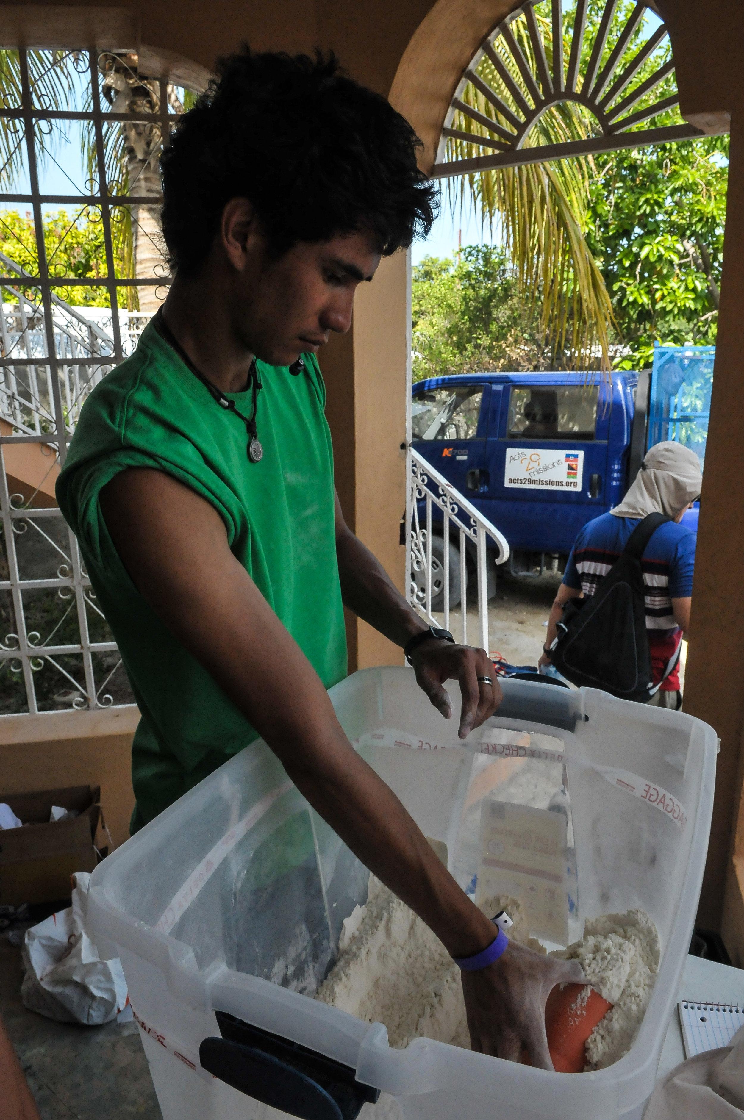 Haiti 2013 LR-0458.jpg