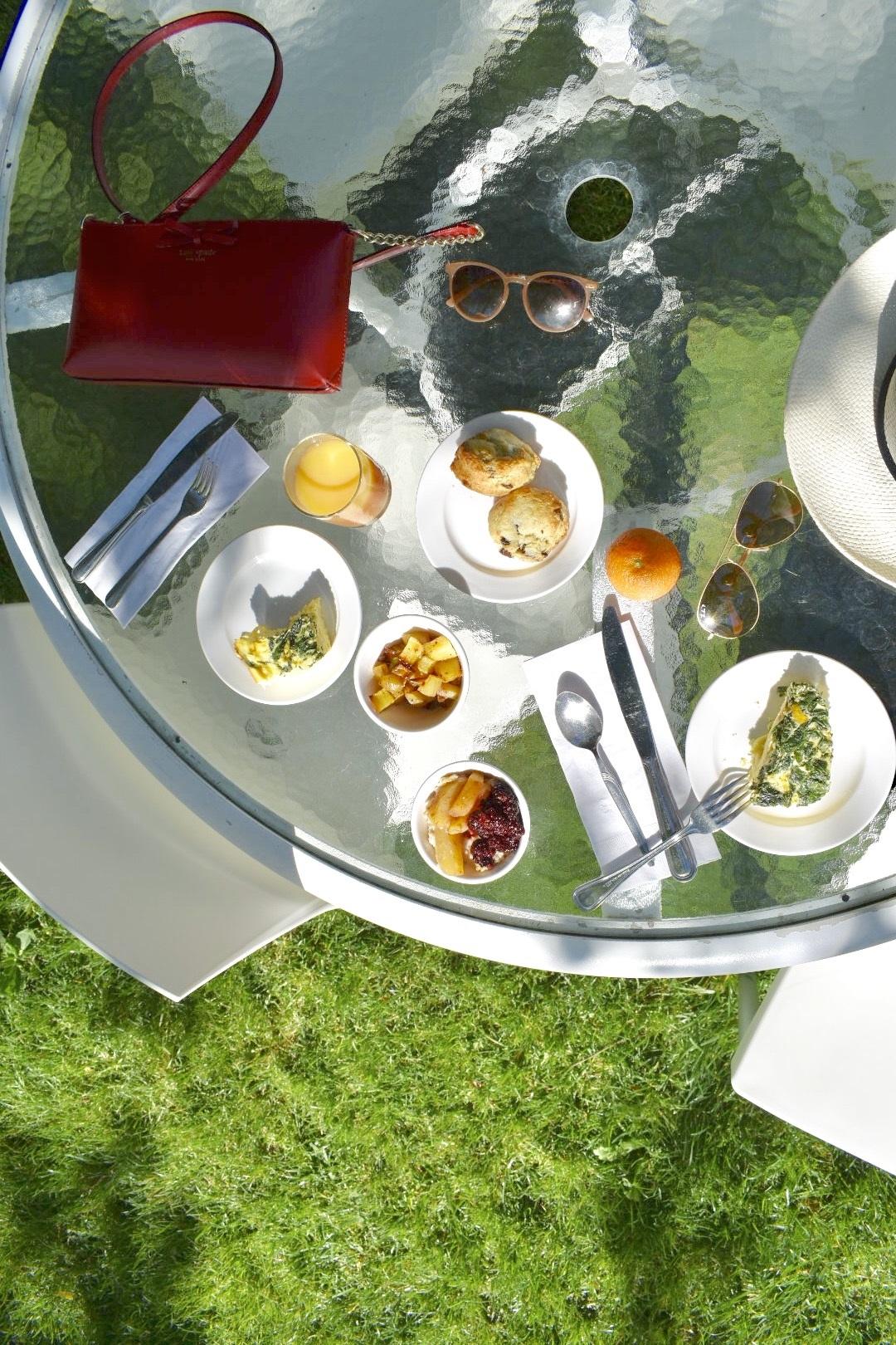 complimentary-breakfast-at-Lithia-Springs-Resort