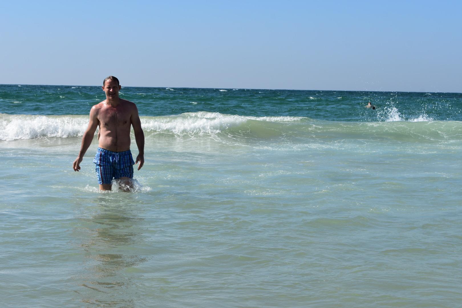 beach-days-tel-aviv