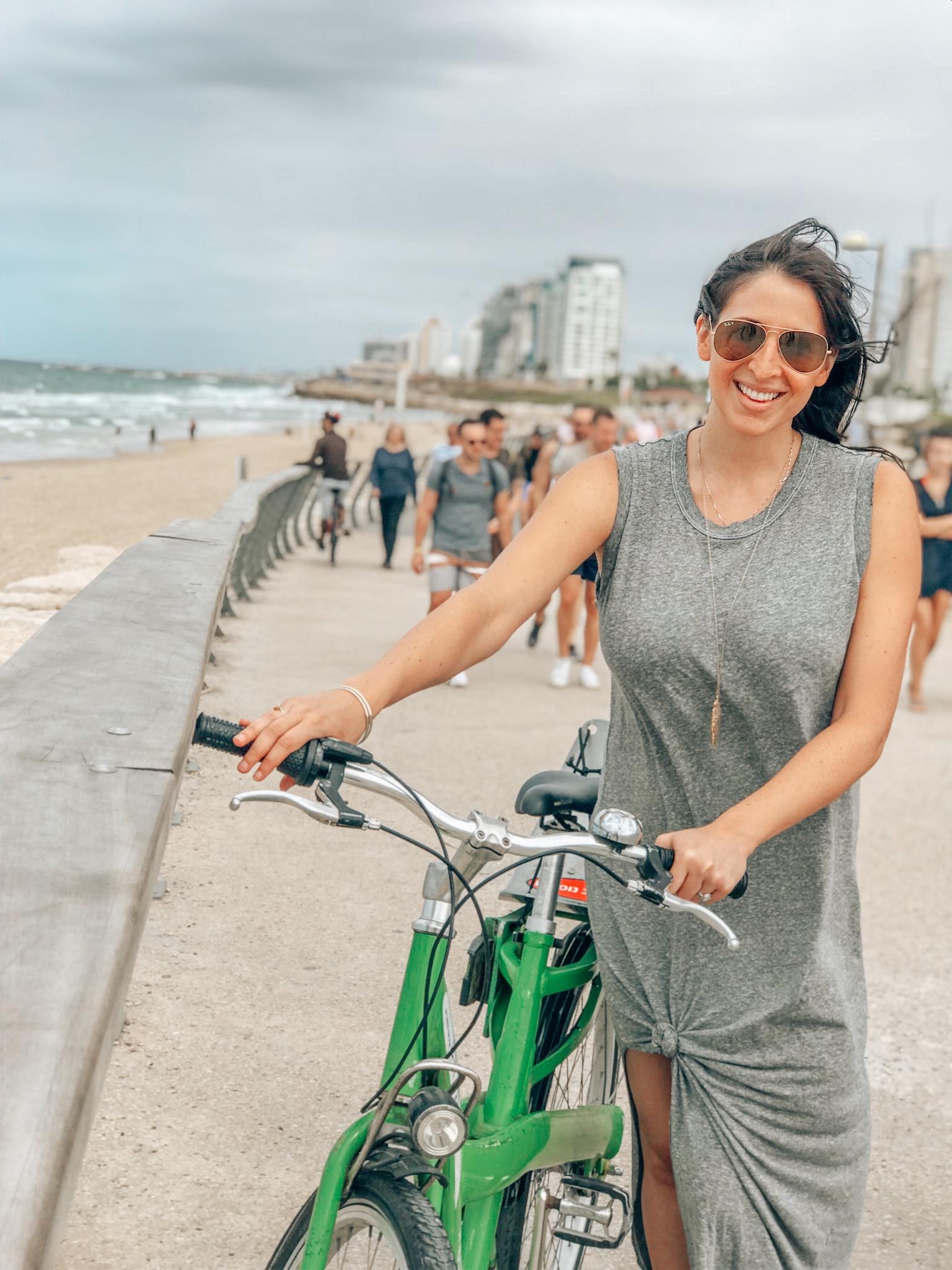 4-days-in-Tel-Aviv-bicycle-rentals