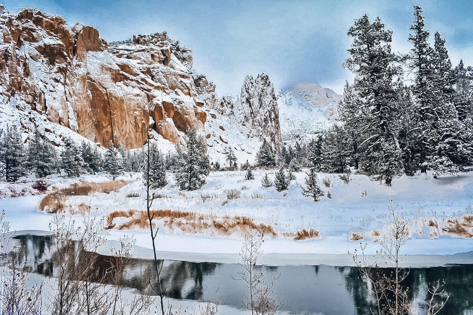 snowy-smith-rock-winter-romance-in-bend