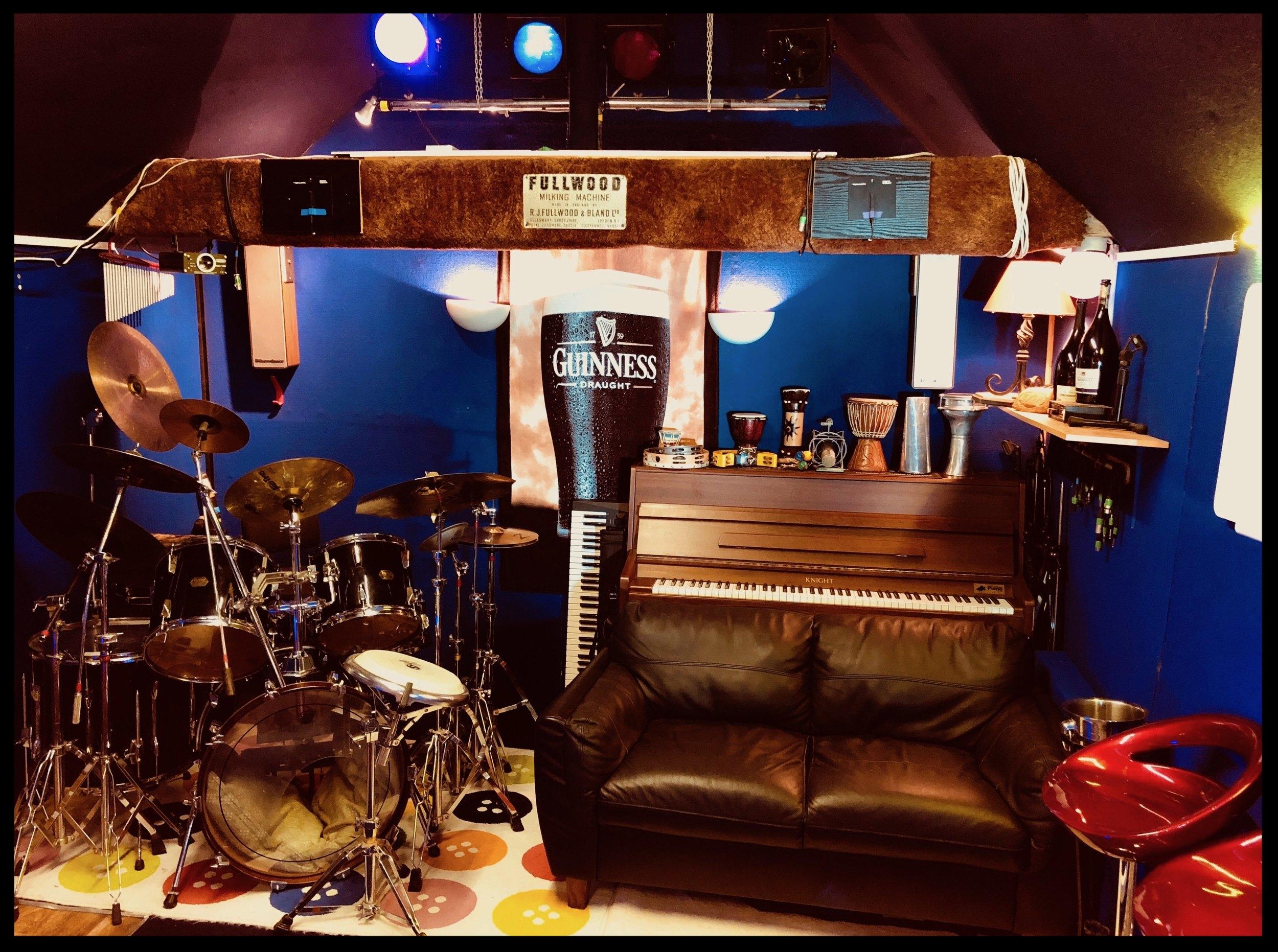 Born in a Barn Studio Live Room 2017