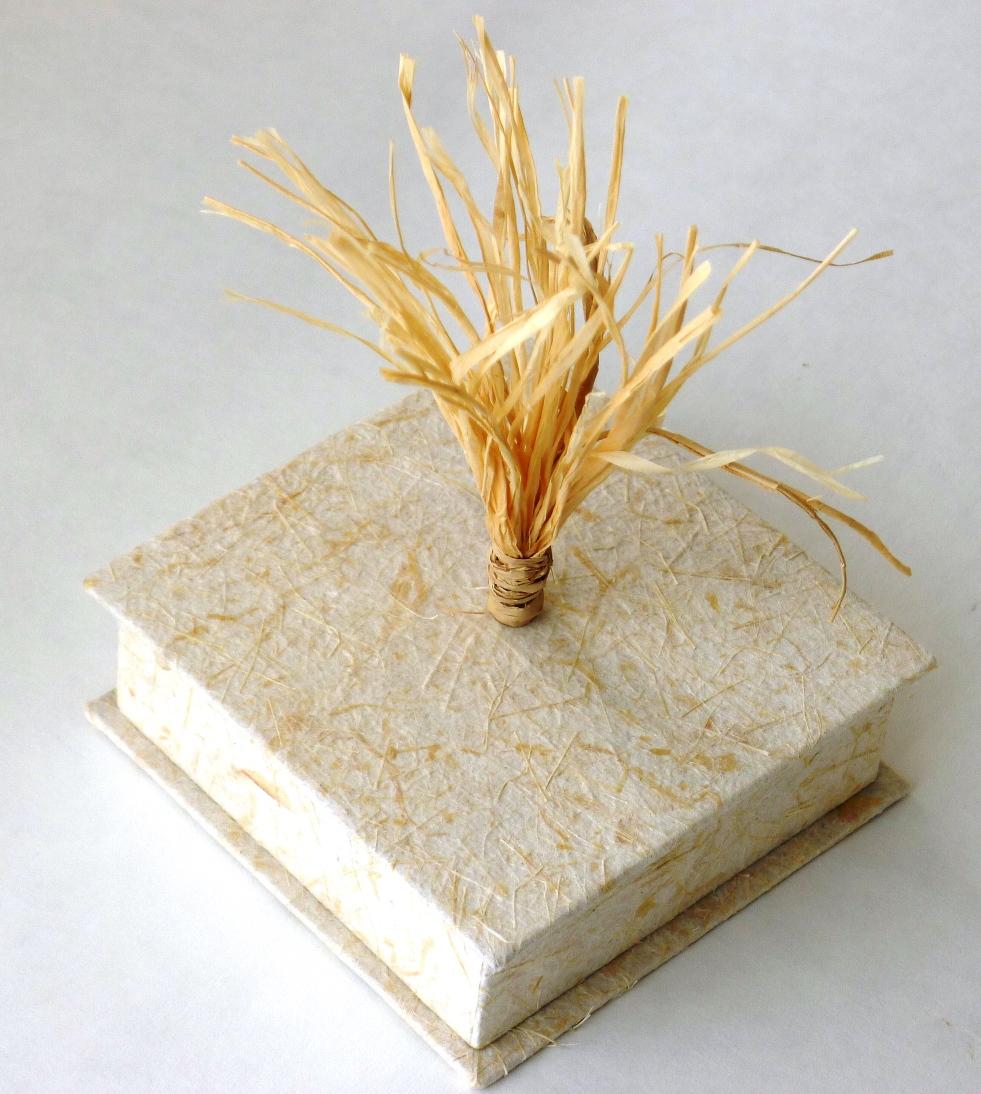 trinket-box-flax-paper-tassel