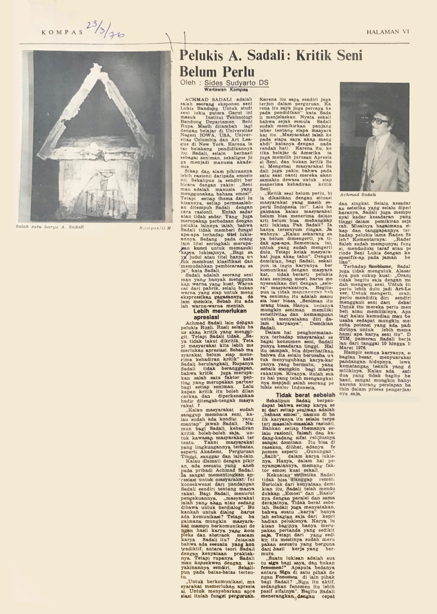 Kompas newspaper article about Ahmad Sadali, featuring  Gunungan  as representative image, a week after the TIM exhibition. Dated 23 March 2976
