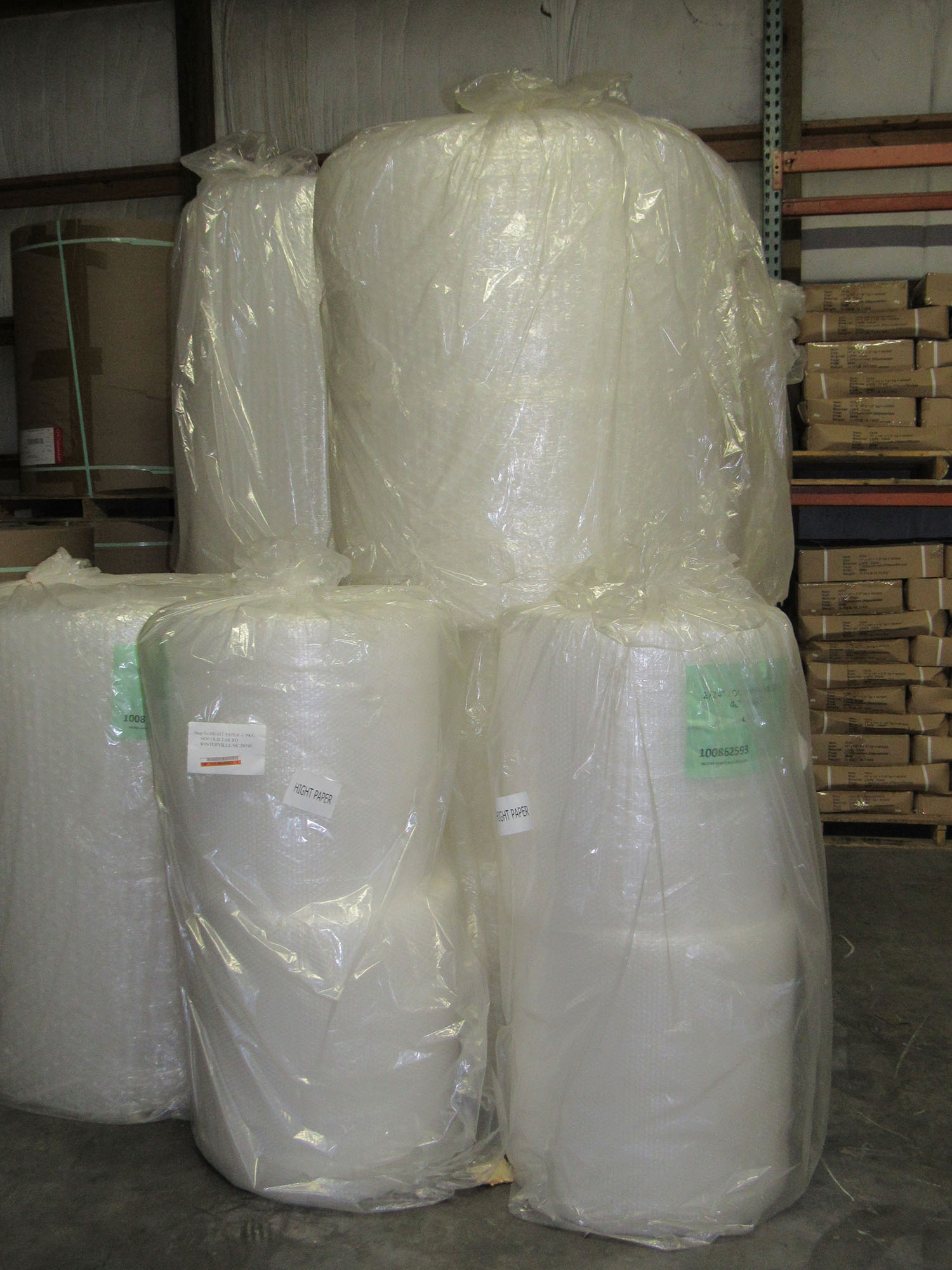 suppliers-of-industrial-size-rolls-of-bubble-wrap-IMG_2271-web.JPG