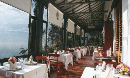 CASA SAN ISIDRO  Paseo Bolivar | Cerro De Monserrate, Bogotá, Colombia Telefono: +57 1 2819309 www.restaurantecasasanisidro.com/ reservas@restaurantecasasanisidro.com