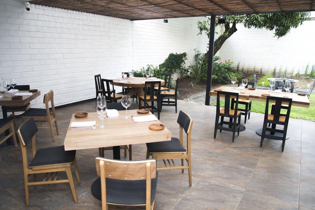 BARCAL  Calle 7D 43A-70 Barrio El Poblado, Sector Astorga, Diagonal a la Torre Almagran Telefono: +57 4 2688714 www.restaurantebarcal.com restaurantebarcal@gmail.com
