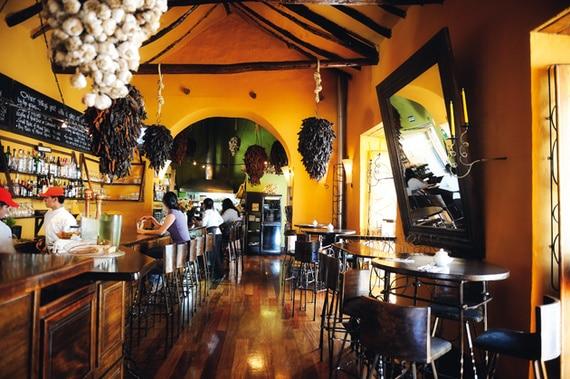 CICCIOLINA  Calle Triunfo 393 2do Piso Cusco, Perú Telefono: +51 84 239510 www.cicciolinacuzco.com/ uchucutarestaurant@gmail.com