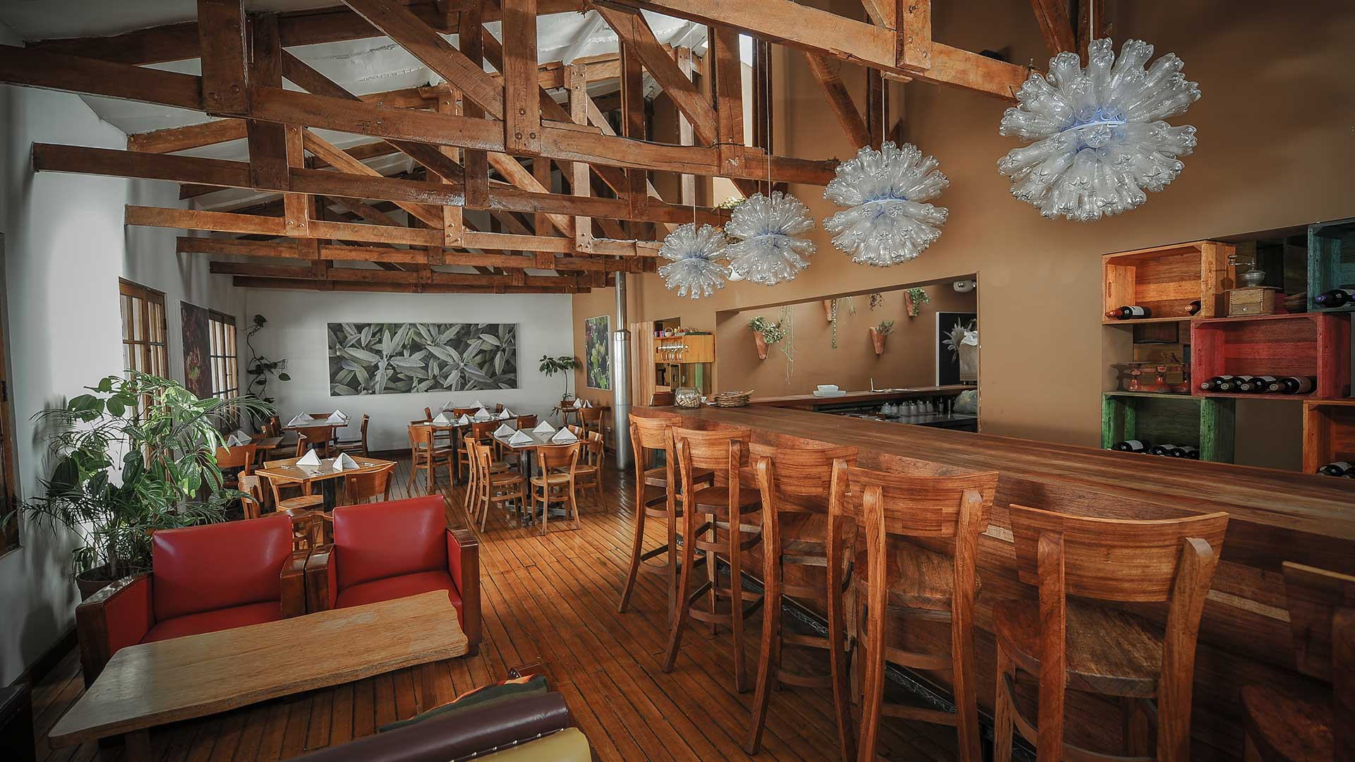 GREENS ORGANIC  Santa Catalina Angosta, 135 Cusco, Perú Telefono: +51 84 254753 www.cuscorestaurants.com ventas@cuscorestaurants.com