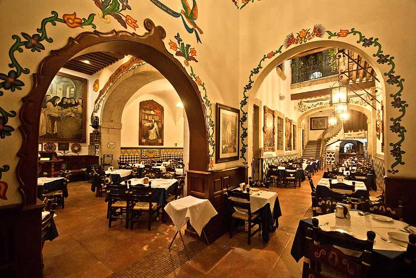 CAFÉ DE TACUVA  Calle Tacuba - Delegacion Cuauhtemoc 28. Colonia Centro Historico, Ciudad de México, México. Telefono: +52 55 5521 2048 www.cafedetacuba.com.mx/en/ mflores@cafedetacuba.com.mx