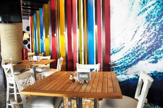 CABBANA  Avenida Mexico 2972, Entre Terranova y Galeria Del Calzado, Guadalajara, México Telefono: +52 33 3640 1517 http://cabanna.com.mx/  culiacan@cabanna.com.mx