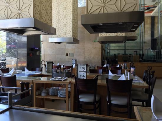 RESTAURANTE SHU  Centro Comercial La Isla / Blvd. de las Naciones, Acapulco, México Telefono: +52 744 462 2001 www.shu.com.mx