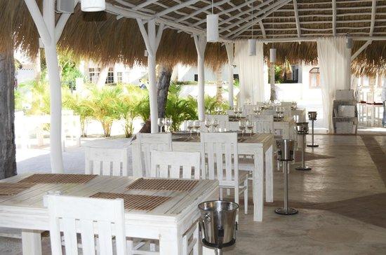 TRONCO BEACH  Recinto Los CoralesSanto Domingo, Republica Dominicana. Telefono: +1 809-552-1932 www.facebook.com/TroncoBeachPuntaCana troncobeachpuntacana@gmail.com