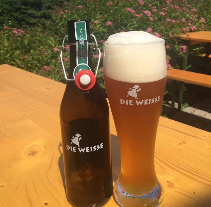 SALZBURGER WEISSBIERBRAUEREI  Address:Bayerhamerstraße 10 (9.420,36 km) 5020 Salzburgo Phone:+43 662 876376 Email: bier@salzburgerbier.at   @facebook   @instagram