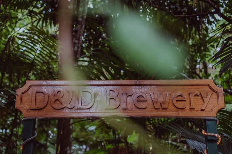 D&D BREWERY  http://www.ddbrewing.com/ Email: ventas@ddbrewing.com
