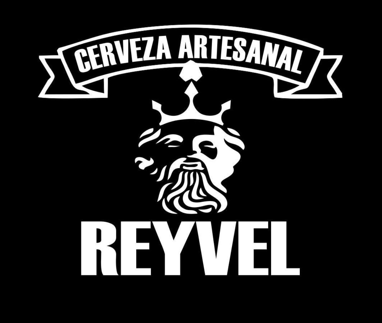 CERVEZA ARTESANAL REYVEL  @facebook